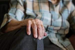 hands, 104 years, pensioner